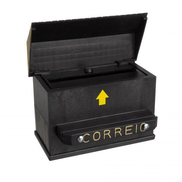 caixa correio dourada 02